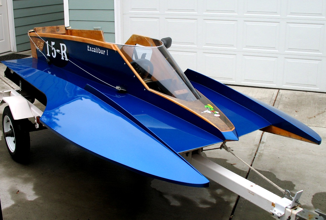 Racing Outboard Hydroplanes for Sale http://excaliburmotorsports.org/pages/racing.php